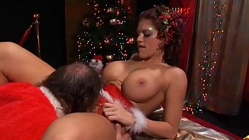 Eve was waiting for the cock under the tree with the surprise in her pussy