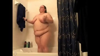 Amatuer masterbating pussy Bbw takes a hot shower