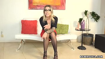 Solo blonde, Karma Rx masturbates for her student, in 4K