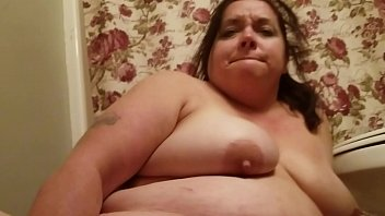 Sexy BBW Bathroom Dildo