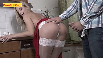 Sex with a married woman with a thick Iranian cock
