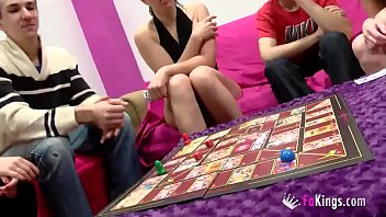 Real couples get an orgy and sex games with Jordi, Ainara and friends 60 min