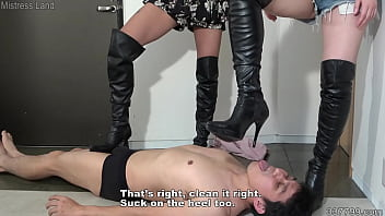 Japanese girls trampling and humiliation femdom