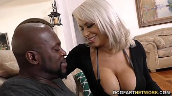 Busty Cougar Alyssa Lynn Hungry for Black Cock | Video Make Love