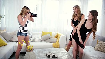 Mom, daughter and the photographer - tanya tate, samantha hayes, brett rossi