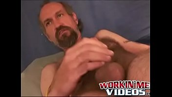 If i were gay tabs - Hairy mature dude wanks off his dick until a happy climax
