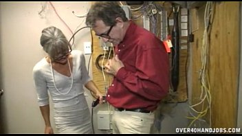 Old women handjobs - Granny jerking an old man