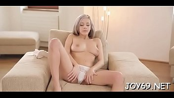 Cute solo beauty provides pleasure to her twat with deep toying