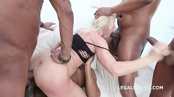 Black Ravage, Sindy Rose Insane toys and fisting, Anal and DAP fucking with buttroses and swallow GIO1229 Vorschaubild
