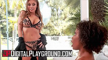 Hot (Britney Amber) Fucks (Demi Sutra) With A Big Strapon - Digital Playground