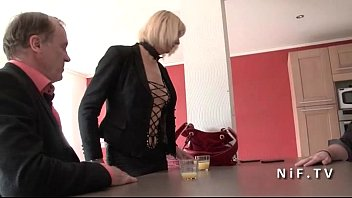 Amateur Busty french mature hard anal plugged in threesome