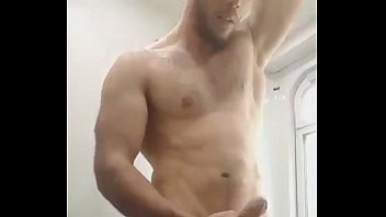 Gay hunk huge cock Muscle man wanks his huge uncut cock - menoncum.com