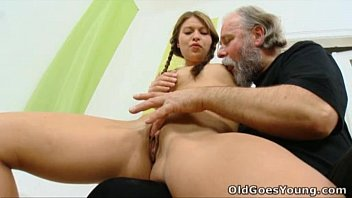 missax porn » anna has her pussy eaten out by older man thumbnail