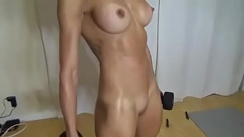 Nude bodybuild - My beatifull girlfriend nude on my dinning room