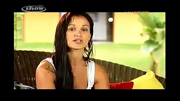 Monique faz strip - Casa Bonita - Programas - MULTISHOW
