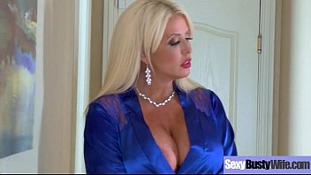 (Alura Jenson) Round Big Tits Mommy Enjoy Hard Sex movie-04