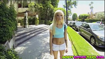 Smoking hot petite teen Halle Von bangs a guy from school for money