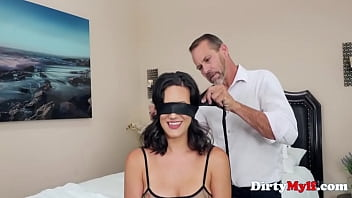 A Quarantine Fuck For Lonely MILF