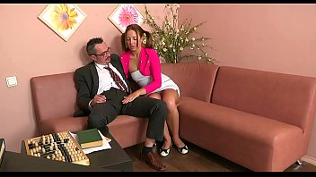 Old teacher's shaft gets a lusty licking from wicked babe