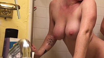 Anal with Wife in Shower Rimjob - BunnieAndTheDude 16 min