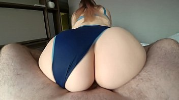 Girl with a big ass jumps on a dick 10分钟
