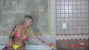 Granny naughty woman healed and the waiter grandpa big cock. (Full video in red xvideos) Production: Rubens Badaro - Actress: Camila Costa