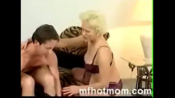 Name of the milf model and more video link of her please preview image