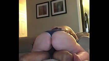 My Bbw Girl I Met On Fatgetlaid.com Lets Me Creampie Her Pussy