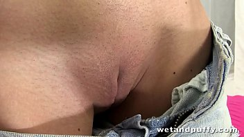 Cutie loves to drill her perfectly smooth cunt