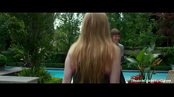 Julianne Moore in Maps to the Stars 2014