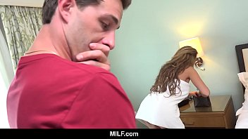 MILF - Racked MILF Richelle Ryan Bangs The Cute Delivery Boy