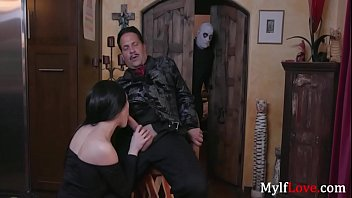 Addam's Family Sextape- Audrey Noir, Kate Bloom