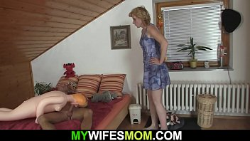 Girlfriends mom pleases horny man