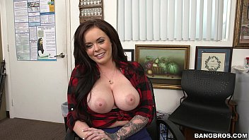 MASSIVE Tits on this Amateur