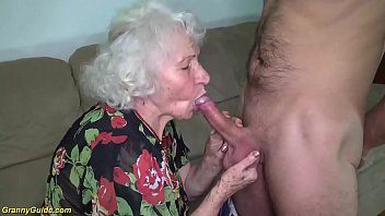 ugly 91 years old mom fucked by her toyboy