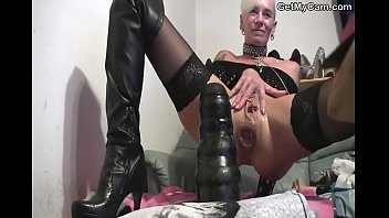Enormous anal insertions.avi
