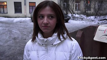 Tricky Agent - This naive cutie ends up sucking tricky agent's cock