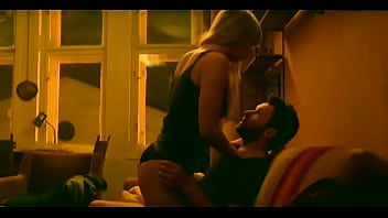 Jennifer Lawrence Sex in Couch (Looped)