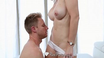 Porn running site start Puremature milf cory chase fuck and facial after run in the park