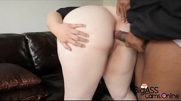 BigAssCams Online - Her ass is soo thicc that big dick doesnt fit