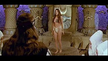Conan the barbarian sex - Leslie foldvary in conan the barbarian