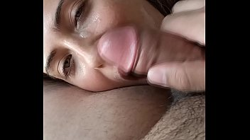 Streaming Video BEAUTIFUL YOUNG GIRL GIVES ME A BLOWJOB AND I FINISH IN HER FACE - XLXX.video