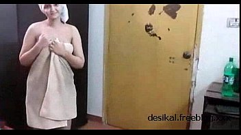 Sonia Bhabhi after bath with Audio