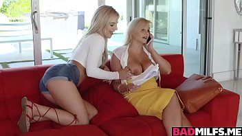 Katy learns a new dirty thing from mom Bella
