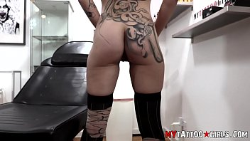 Leah Luv Fucking and getting Tattoo at the same time - 69VClub.Com