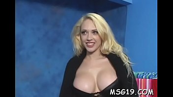 Cutie with valuable body curves rides dick exposing bubble ass