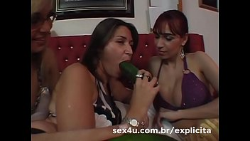 Making the fair and using the vegetables on her friend's tail - Dhones Portella Productions - Demo
