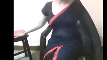 Top 5 desi college girl and bhabhi video chat leaked mms sari !