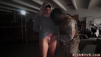 Arab shower and muslim girl masturbating first time Aamir's Delivery