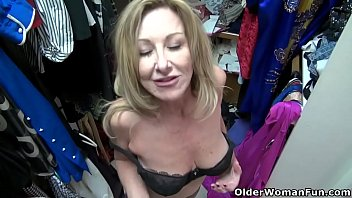 American milf Sally Steel gets naughty in nylon